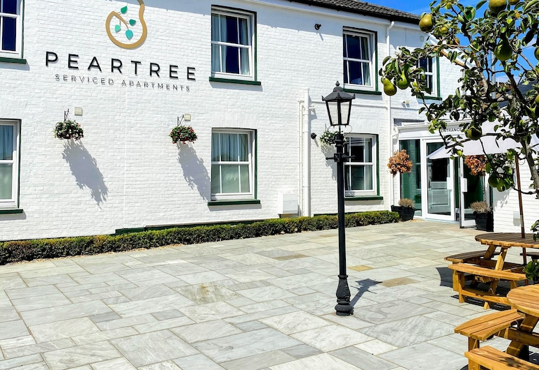 Peartree Serviced Apartments, Solsberis