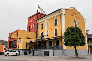 Picture of Hotel Blue Ribbon in Vercelli