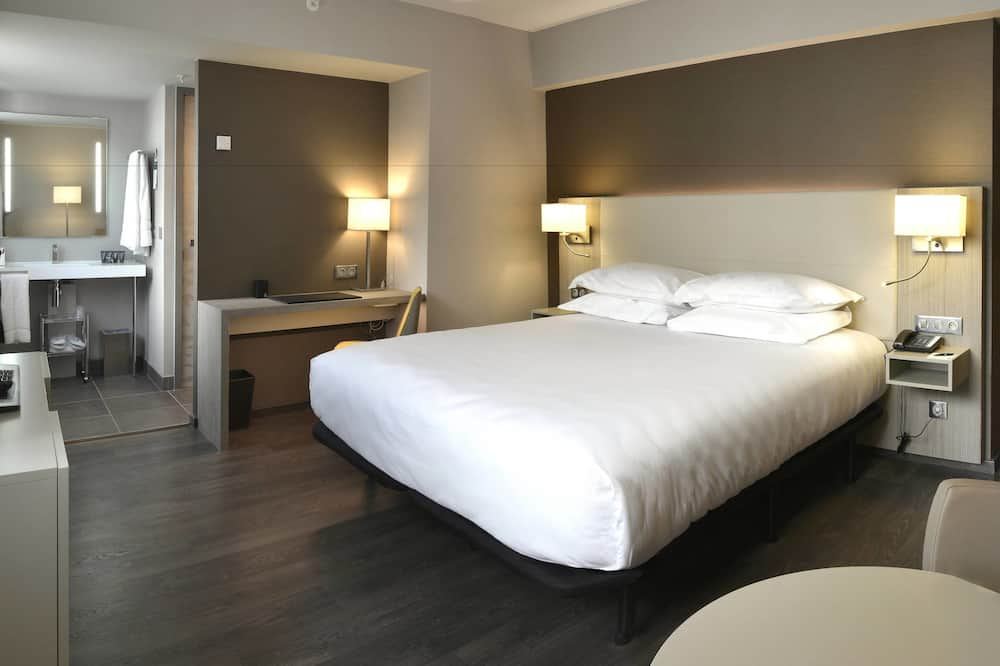 Executive Room, 1 King Bed, Non Smoking, View - Guest Room
