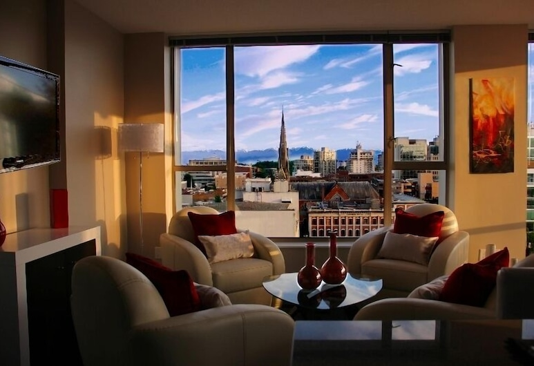Juliet Plus by Victoria Royal Vacations, Victoria, City Condo, 1 Queen Bed, City View, Living Room
