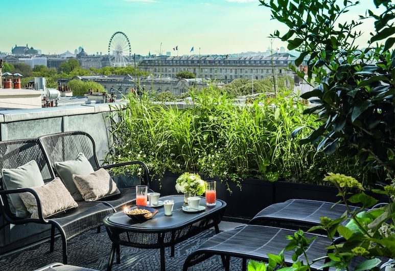 Hotel Le Narcisse Blanc & Spa, Paris, Suite (Aurore), Terrace/Patio