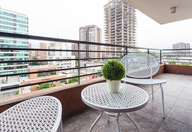 Livinnest Apartments en Manquehue, Santiago, Balcony