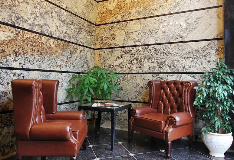 City Park Hotel, Chisinau, Lobby Sitting Area