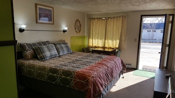 15 Closest Hotels To Saganing Eagles Landing In Standish