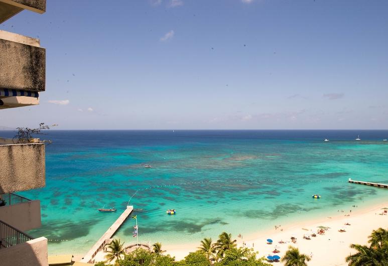 PARADISE BEACH STUDIO AT MONTEGO BAY CLUB , Montego Bay, Studio – premium, utsikt mot hav, ved stranden, Balkong