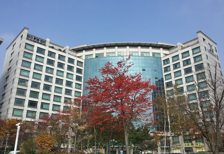 Incheon Airport Best Residence House, Incheon