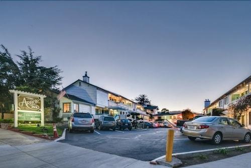 أربور إن مونتيري, Monterey