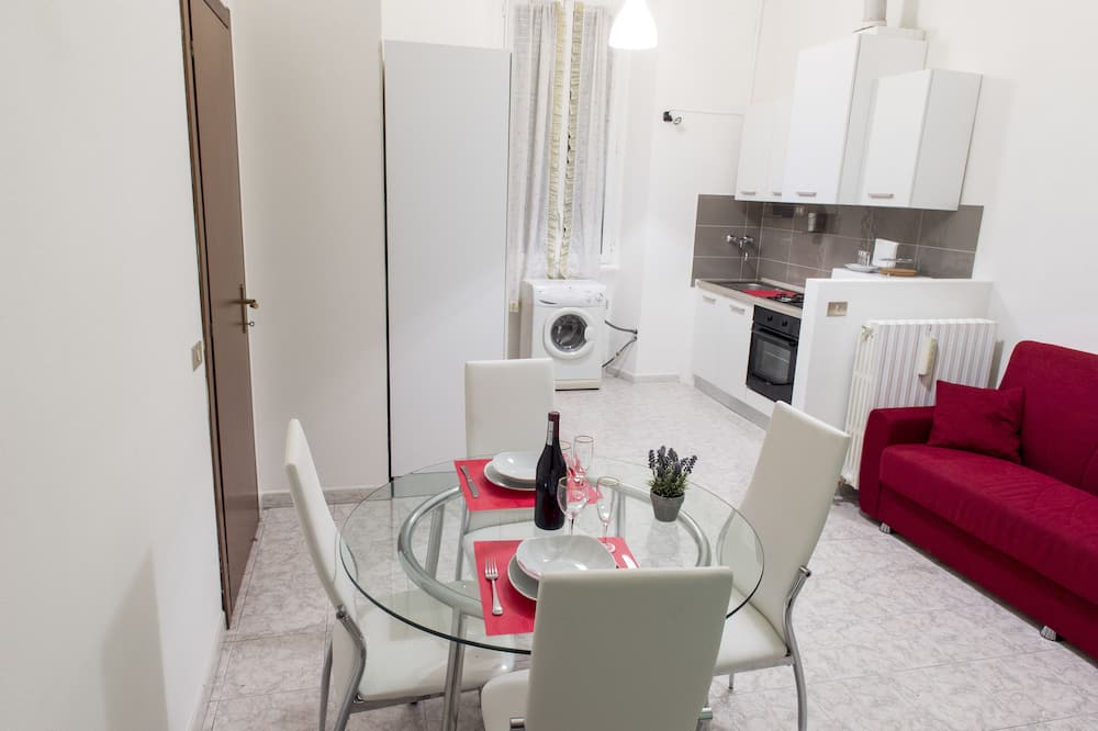 Apartment, 1 Bedroom, Kitchen (Location Address: Via Torricelli 13) - In-Room Dining