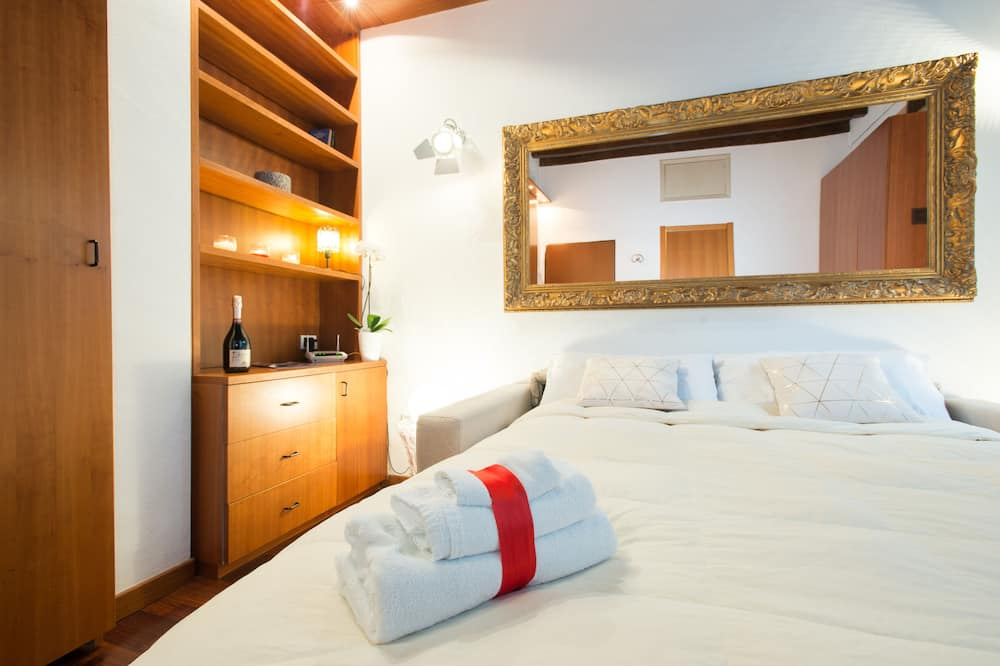สตูดิโอ, ห้องครัวขนาดเล็ก (Location Address:Via San Carpoforo, 4) - ห้องนั่งเล่น