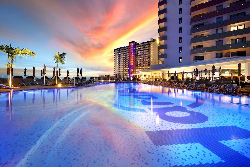 Hard Rock Hotel Tenerife Adeje