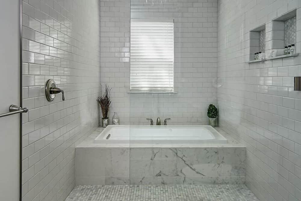 Luxusní pokoj, dvojlůžko (200 cm) - Koupelna