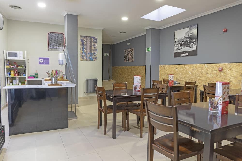 Trojlôžková izba - Spoločná kuchyňa