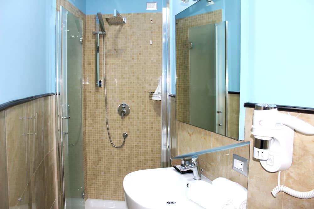 Chambre Double Économique - Salle de bain