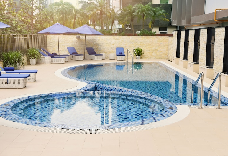 Novotel Suites Hanoi, Hanoi, Kolam Terbuka