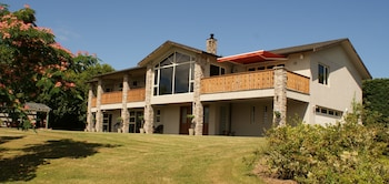 Picture of Chalet Eiger Lodge in Taupo