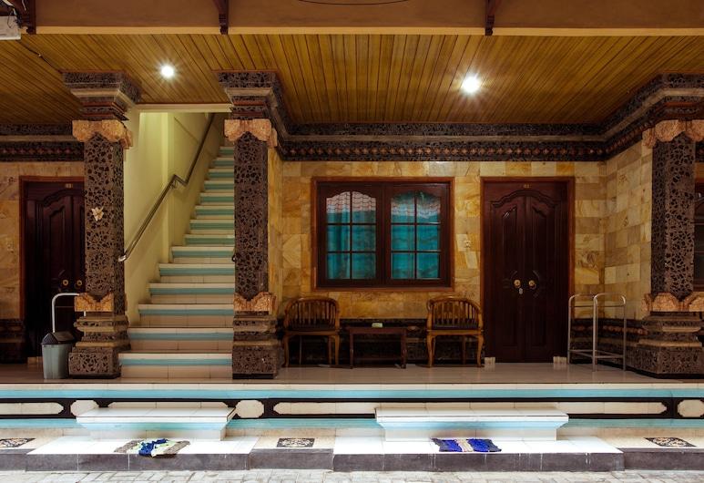 Segara Sadhu Inn, Kuta, Khu phòng khách tại tiền sảnh