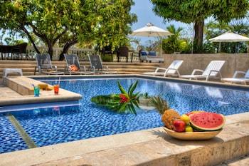Obrázek hotelu Hotel Santorini Casablanca Santa Marta ve městě Santa Marta