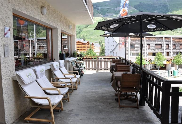 Hotel Le Provençal, Les Deux Alpes, Terrace/Patio