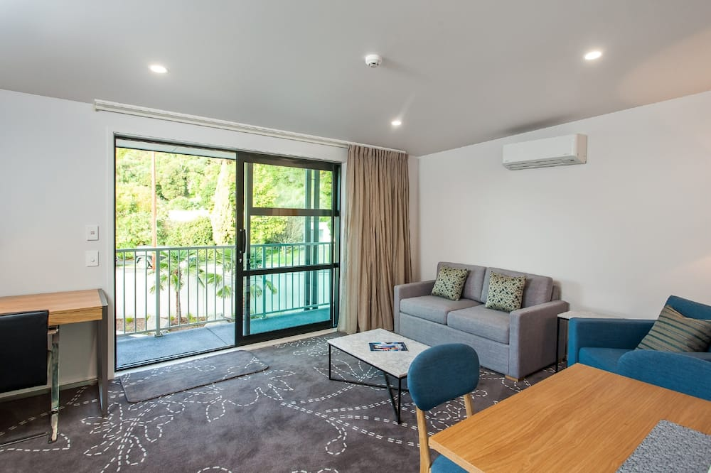 Paaugstināta komforta luksusa numurs, viena guļamistaba, burbuļvanna - Dzīvojamā zona
