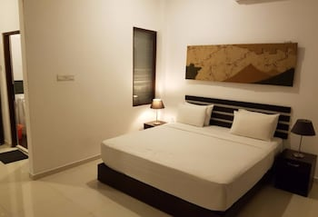 Picture of Sunrise Palace in Negombo