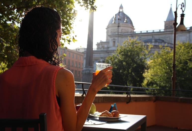 Dnb House Hotel, Rome, Terrace/Patio