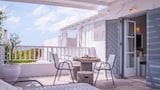 Book this Pet Friendly Hotel in Milos