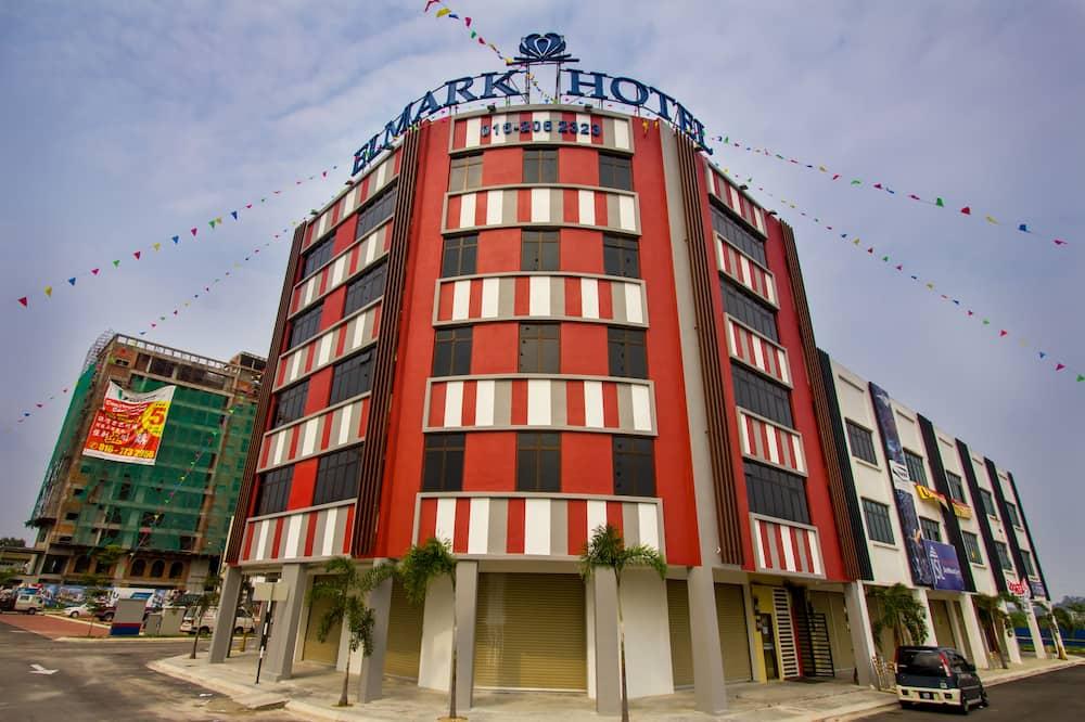 Hotel Zamburger Mak Ros