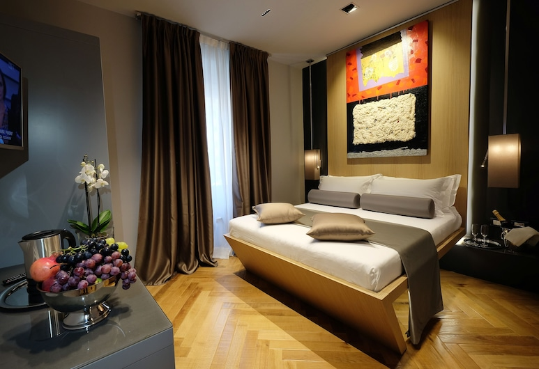 Navona Rooms, Rome, Standard Double Room, 1 Double Bed, Private Bathroom, Courtyard View, Guest Room