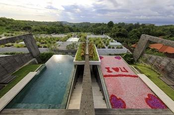 תמונה של Hideaway Villas Bali בPecatu