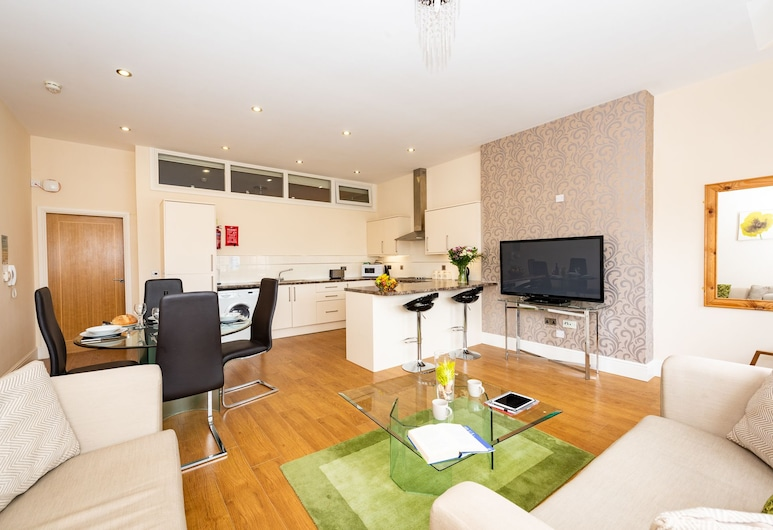 Waterview Deluxe Apartments, Barrow-in-Furness, Living Area