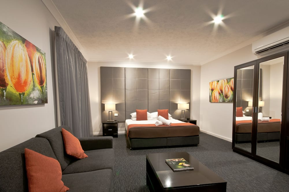 ECO Deluxe Room - Limited Housekeeping - Guest Room