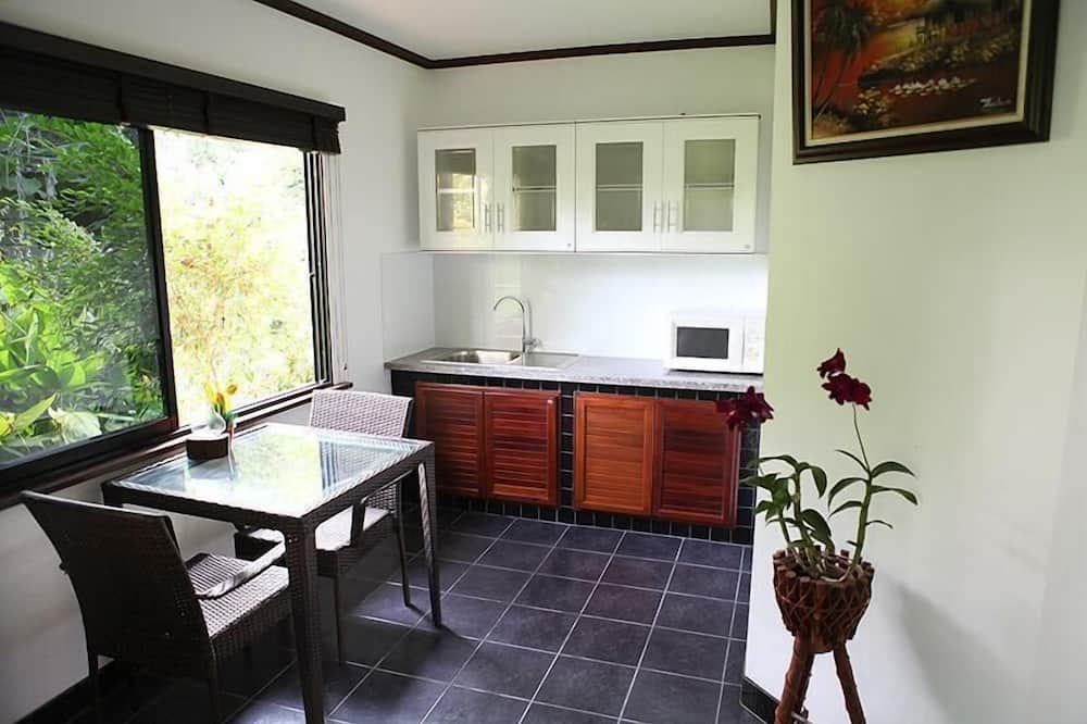 Bungalow - In-Room Dining