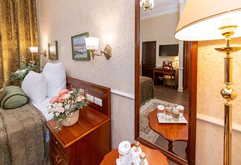 Ekaterina Hotel, St. Petersburg, Standard Single Room, Guest Room