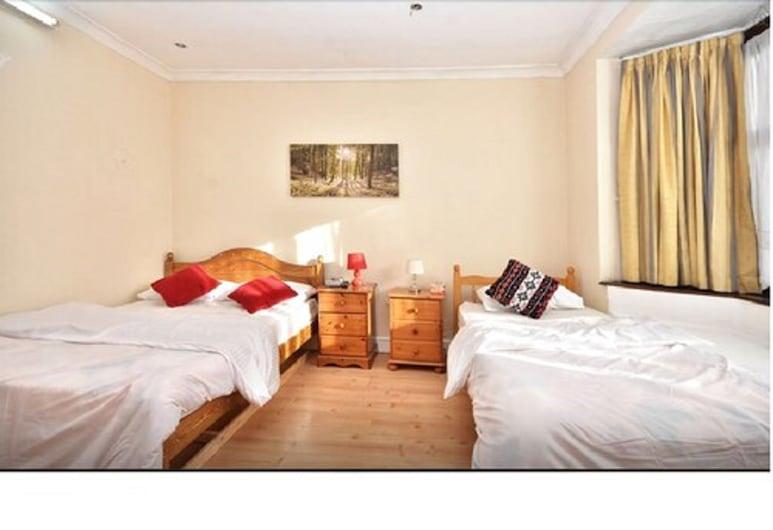 51 瓦蘭斯之家酒店, 倫敦, 三人房, 共用浴室, 客房