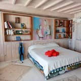 Quadruple Room, Ocean View - Living Room