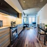 Condo, 1 Bedroom, Accessible, City View - In-Room Dining