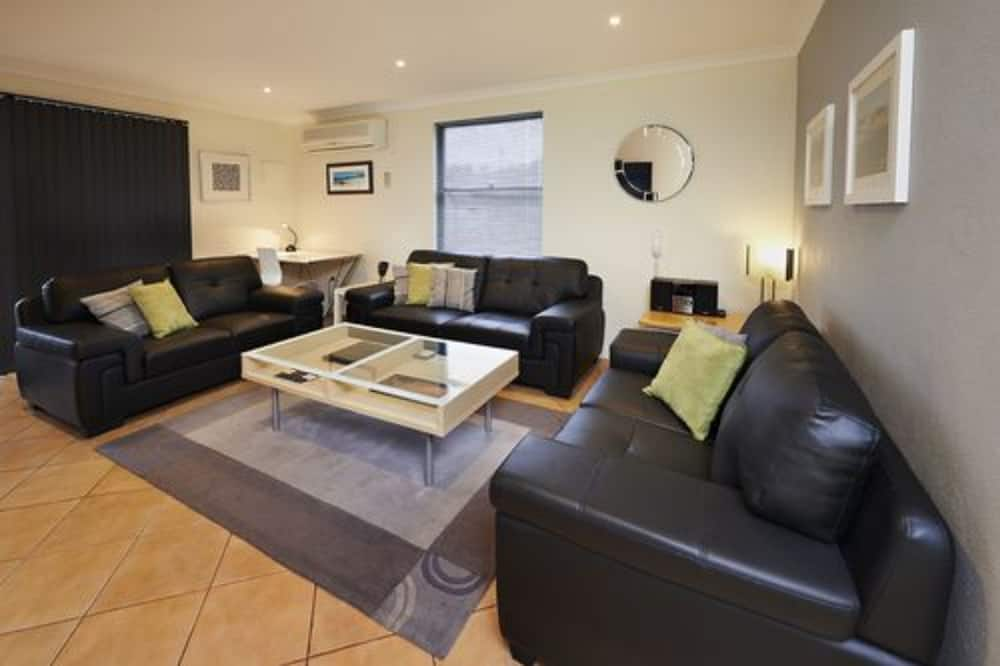 Double Storey 2 Bedroom Apartment, at 8 Festing Street - Living Room