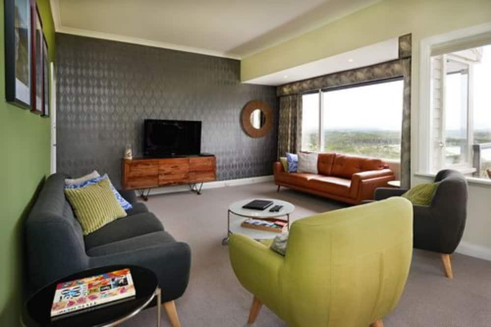 Mira Mar Retreat, 4 Bedroom House, at 2 MiraMar Road - Living Area