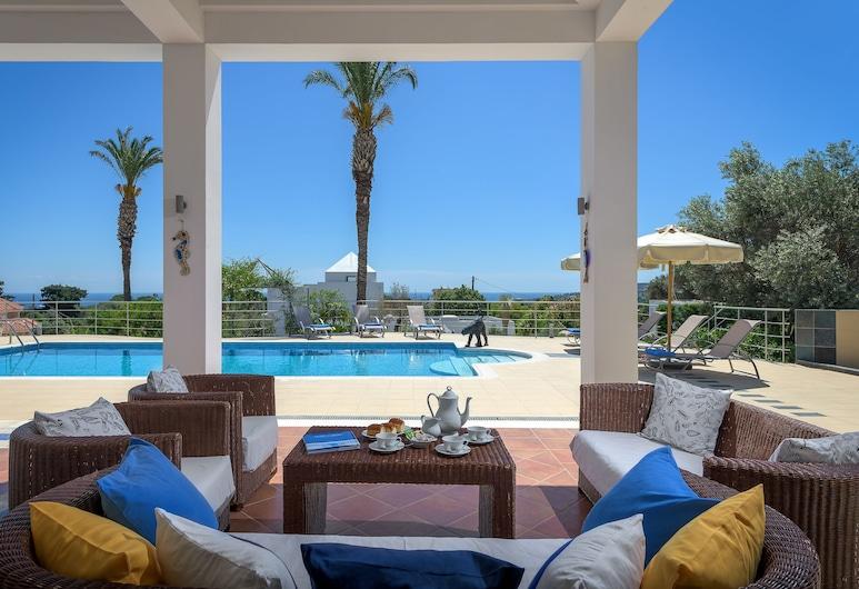 Grande Dame Villa of Rhodes, Rodos, Terrasse/veranda
