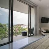 5 Bedrooms Villa - Balkon