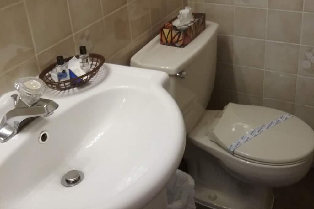 Soba, Više kreveta - Kupaonica