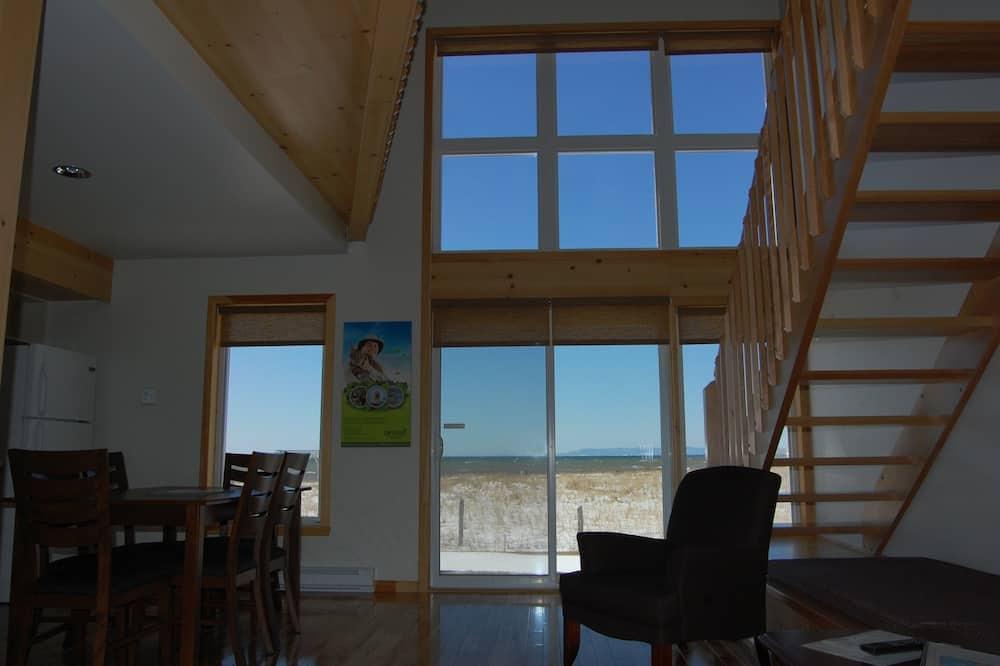 Chalet, 2 Bedrooms, Sea View - Ruang Tamu
