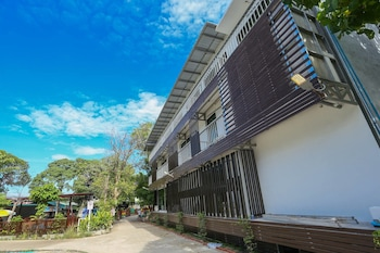 Picture of A Plus Hotel Koh Lipe - Hostel in Satun