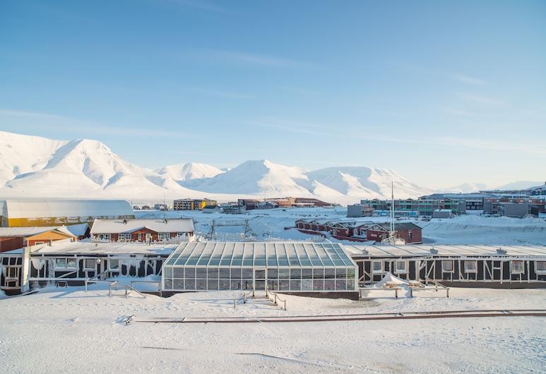 Mary-Ann's Polarrigg, Longyearbyen, Außenbereich