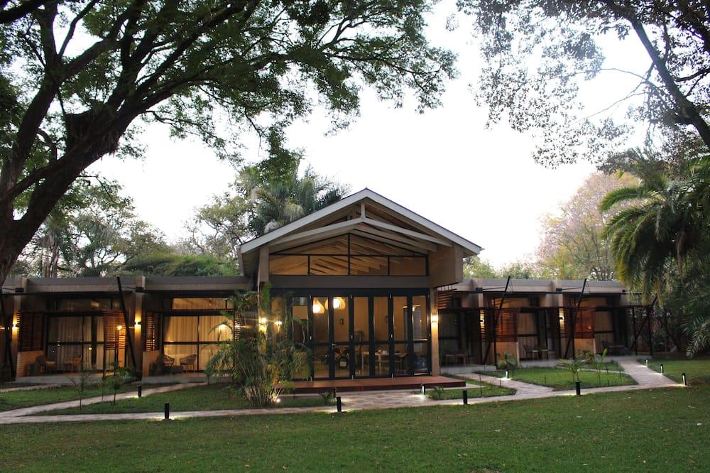Sandalwood Lodge