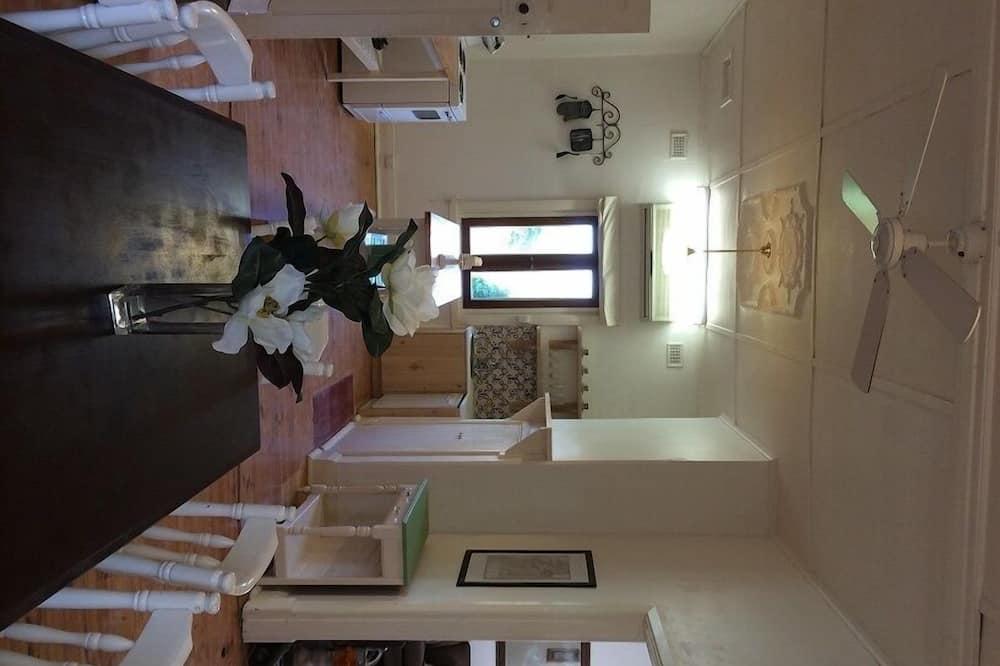 The Cottage at Bella Cosa - تناول الطعام داخل الغرفة