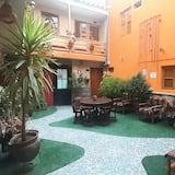 Single Room - Courtyard View