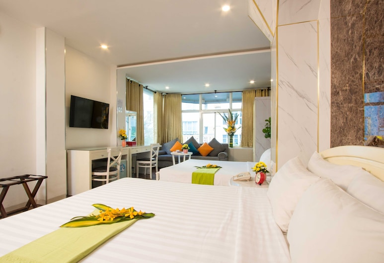 Platinum Hotel, Ho Chi Minh-Stad, Family Room with Window, Kamer