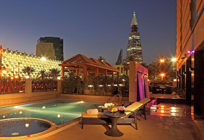 Braira Hotel Olaya, Riyadh, Outdoor Pool