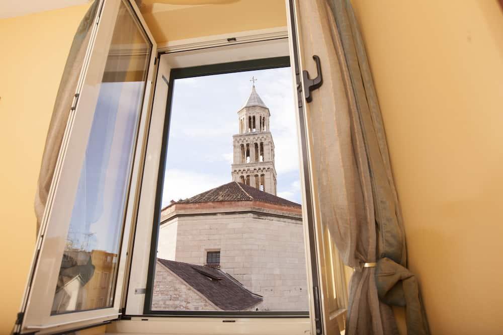 Dvojlôžková izba typu Superior - Výhľad z hosťovskej izby